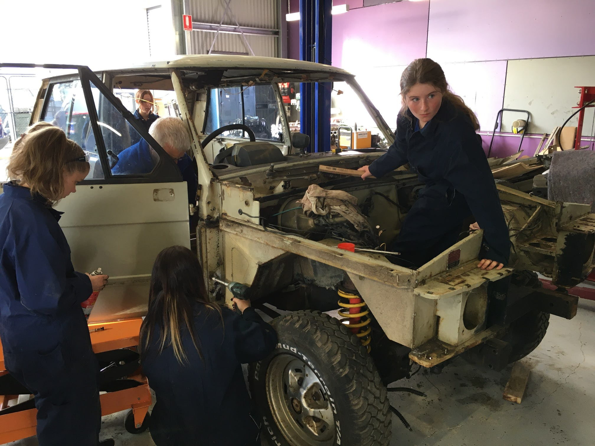 Students in the workshop at Bendigo South East Secondary College.