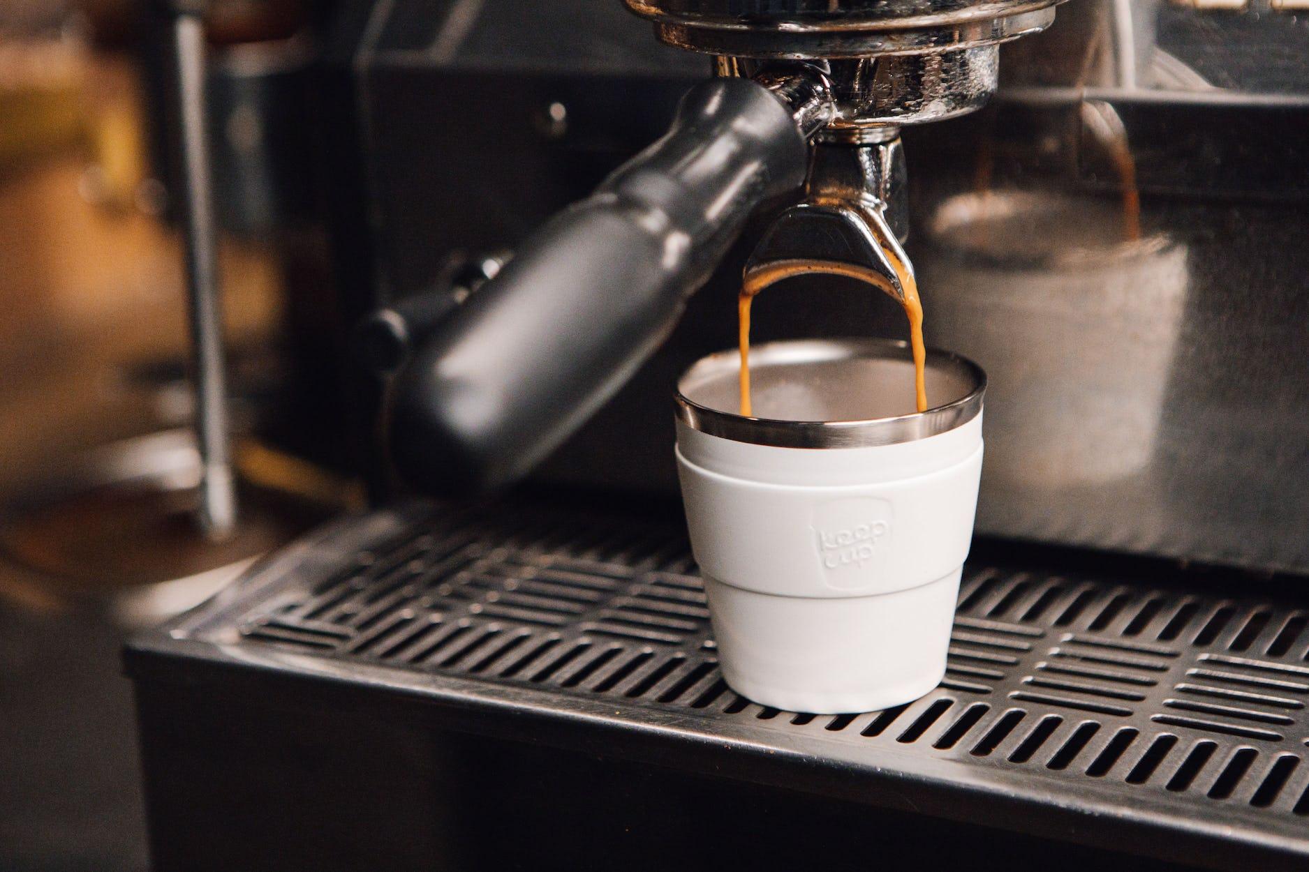 KeepCup in cafe